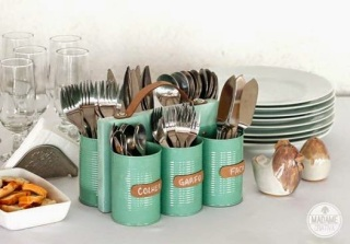 http://www.handimania.com/diy/cans-and-wood-cutlery-holder.html