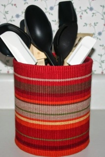 http://www.blessingsoverflowing.com/kitchen-utensil-holder/