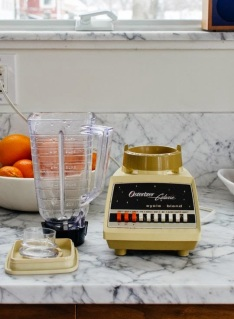 http://www.thekitchn.com/how-to-clean-a-blender-in-30-seconds-without-taking-it-apart-first-cleaning-lessons-from-the-kitchn-200776