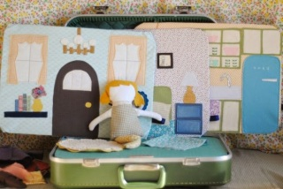 http://prudentbaby.com/2011/11/baby-kid/make-a-doll-suitcase-2/