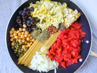 http://yupitsvegan.com/2014/03/12/one-pot-spaghetti-alla-puttanesca/