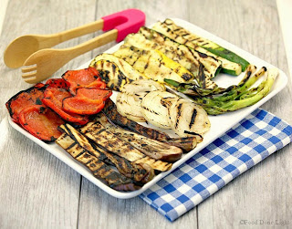 http://fooddonelight.com/grilled-summer-vegetable-platter/#_a5y_p=2061692